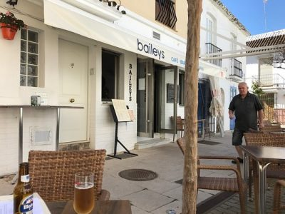 Baileys Bistro Bar