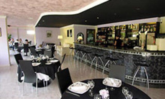 Restaurante Le Petit Paris